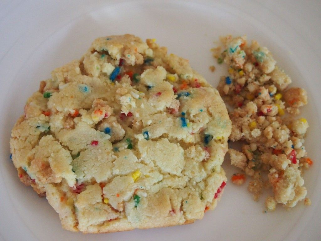 Momofuku Confetti Cookies Recipe With Images Confetti Cookies Recipes Favorite Recipes