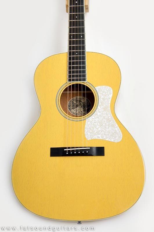 Collings C10 Deluxe Custom Mahogany Tv Yellow Guitar Collings Guitars Acoustic Guitar