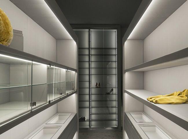 Vestidor motorizado. Sara Folch | I | Design - Storage | Pinterest ...