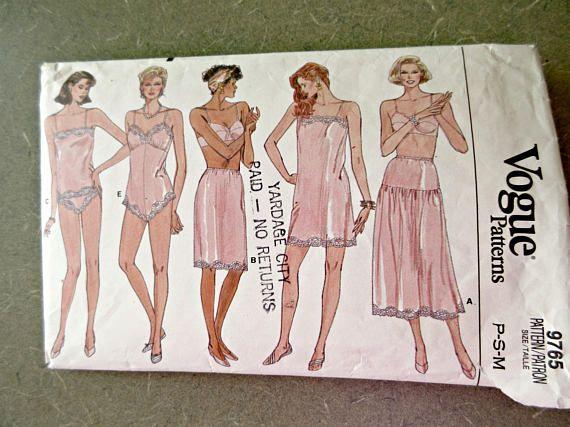 8750 UNCUT Vintage McCalls SEWING Pattern Misses Lined Jacket Top Pants Skirt FF