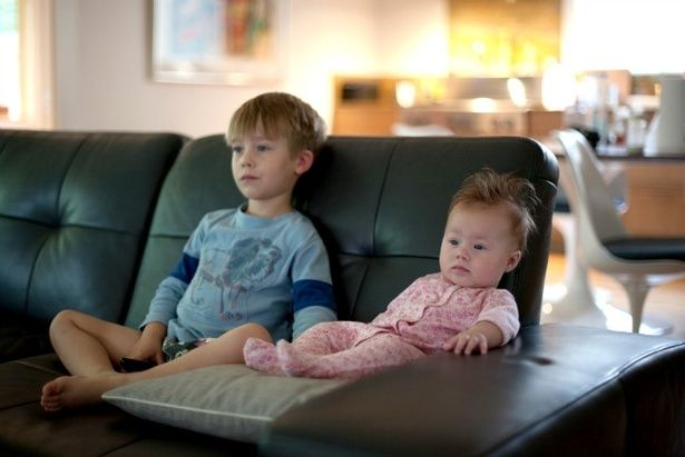 I Refuse to Feel Bad About Letting My Children Watch TV