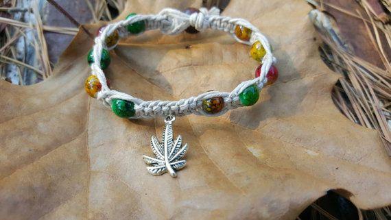Pot leaf beaded bracelet