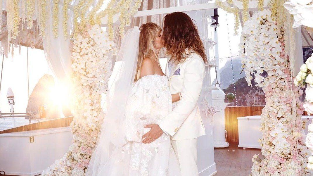Heidi Klums Hochzeit Von Diesen Labels Stammten Ihre Brautkleider Kleid Hochzeit Italienische Hochzeit Hochzeit