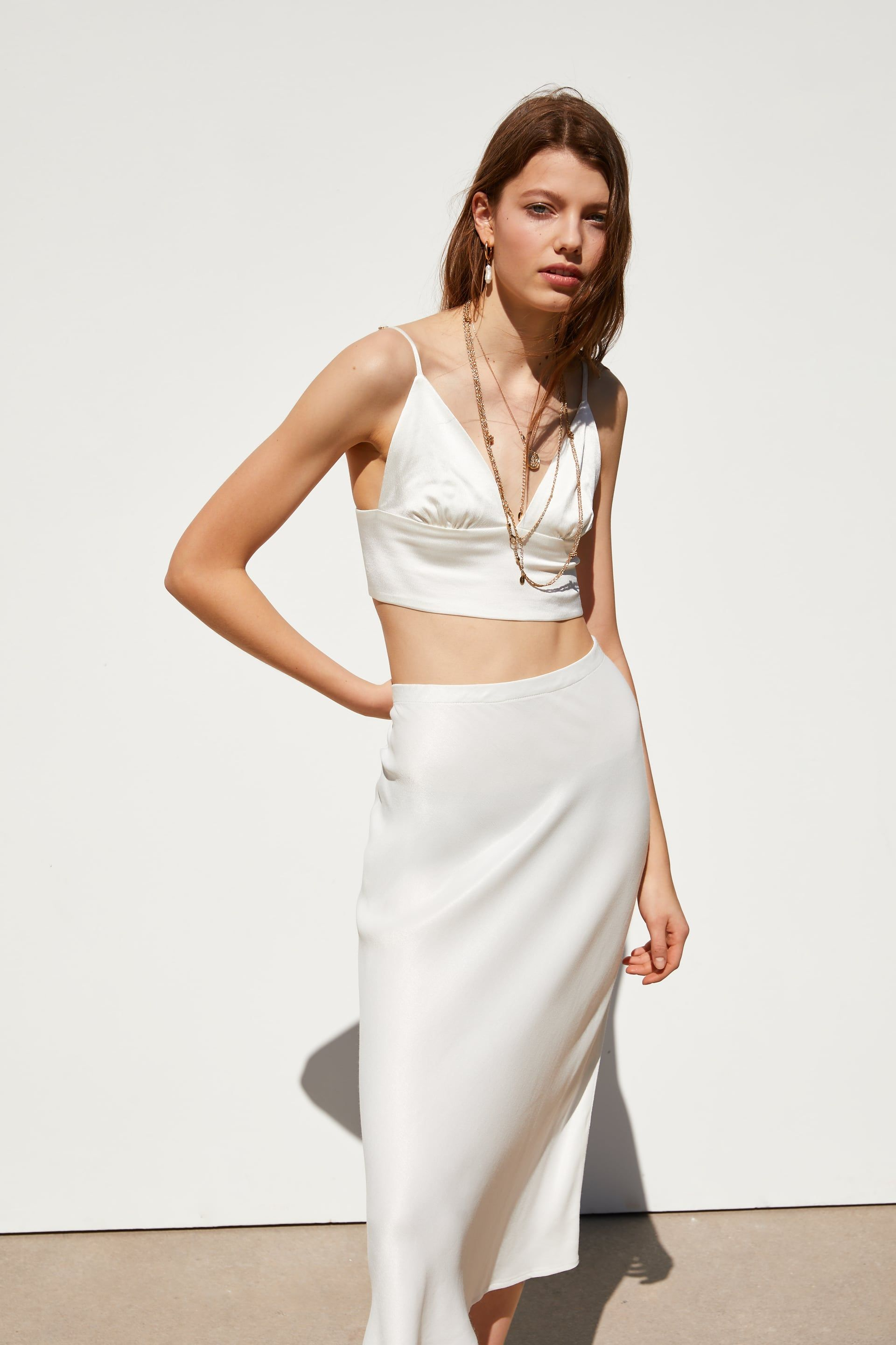 fb43b0d664 Crop top in 2019 | SS19 | Satin skirt, Crop tops, Skirts