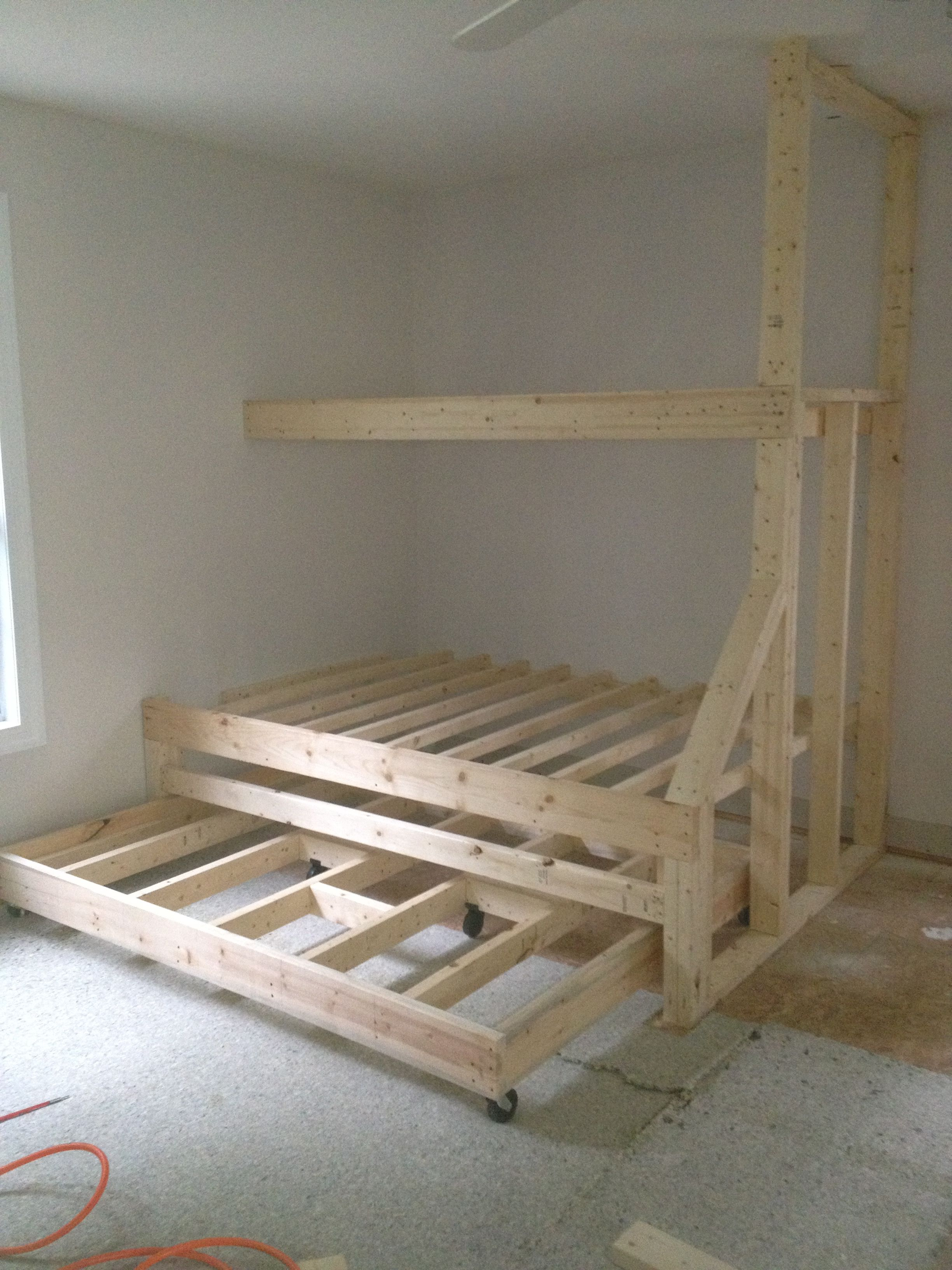Built In Bed Plans Built In Bunk Beds With Trundle Bed Gives Plenty Of Sleeping