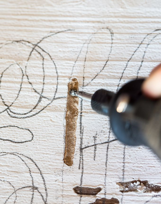 how-to-carve-a-monogram-into-wood