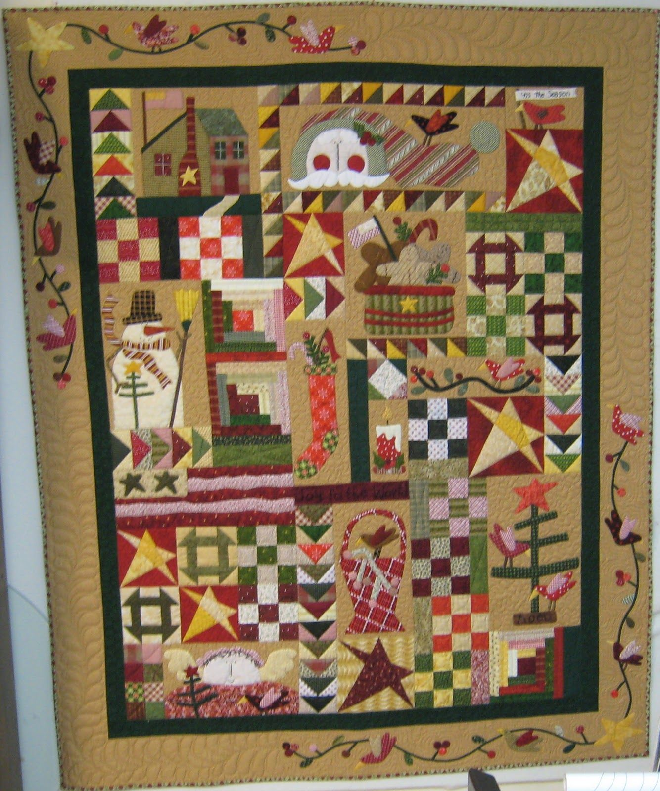 Pinterest Christmas Quilted Wall Hangings Comfort And Joy A Pattern Designed By Pat Wys Quilted