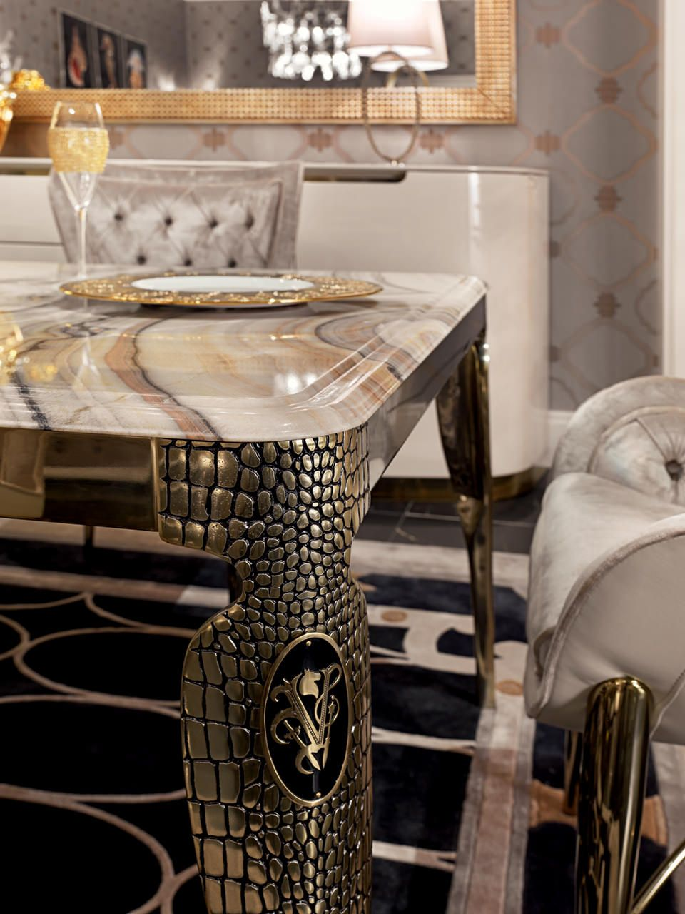 Home plisset italian designs clear glass dining table with aldo faux - Chatam Bovery Dining Room Visionnaire Home Philosophy