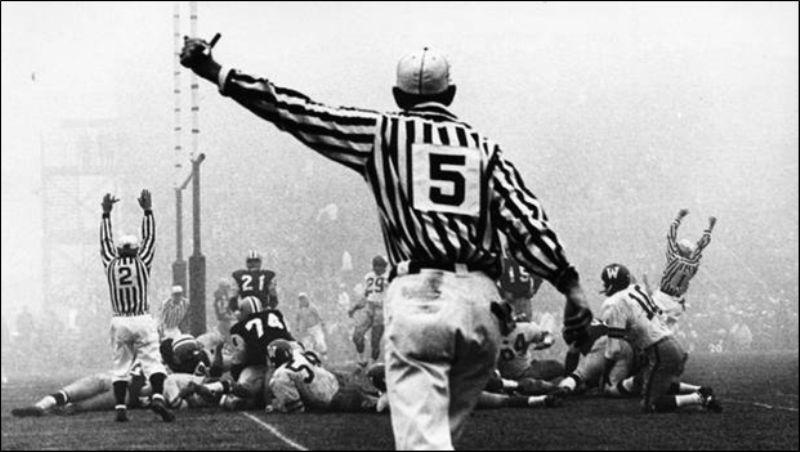 The 50th Grey Cup Also Known As Fog Bowl Between Winnipeg Blue