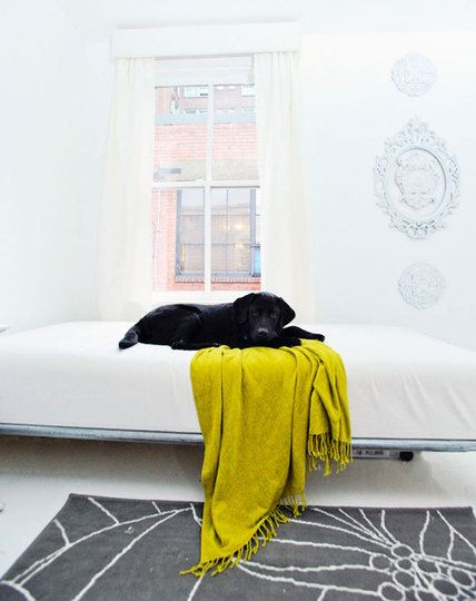 Kristen-ellis-white-studio-01_rect540 Minimalist white studio