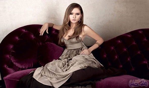 نيللي كريم ت ثني على محمد رمضان بعد تقليده أحمد زكي Celebrity News Actresses Beautiful Actresses