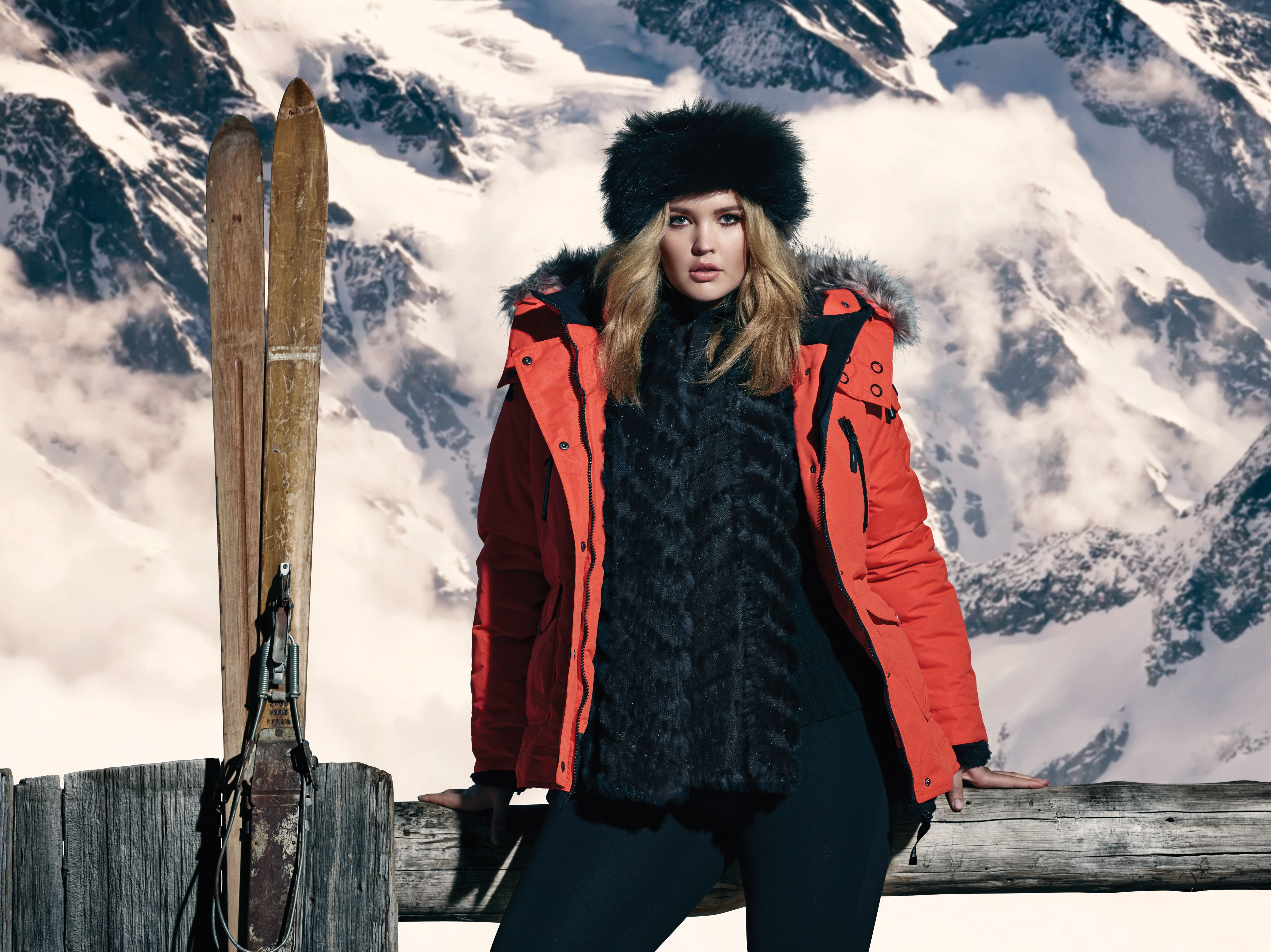 3abaf8851a6 Noize Ski Jacket and Faux Fur Band. Fight the cold temps in style with this