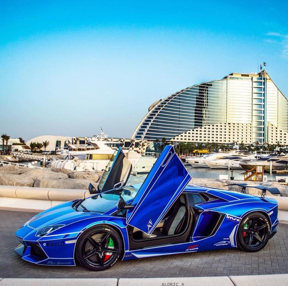 Dubai Dubai, Car pictures, Tron