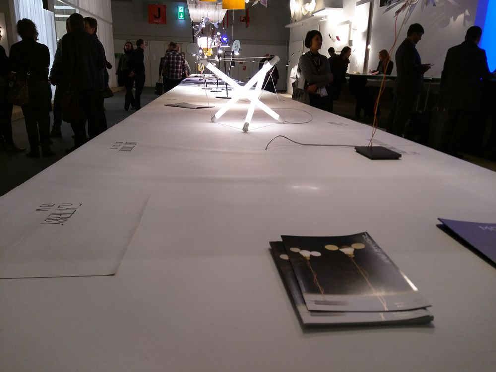 """""""""""Light Structure Three"""". Eine außergewöhnliche Leuchte auch von Ingo Maurer."""""""