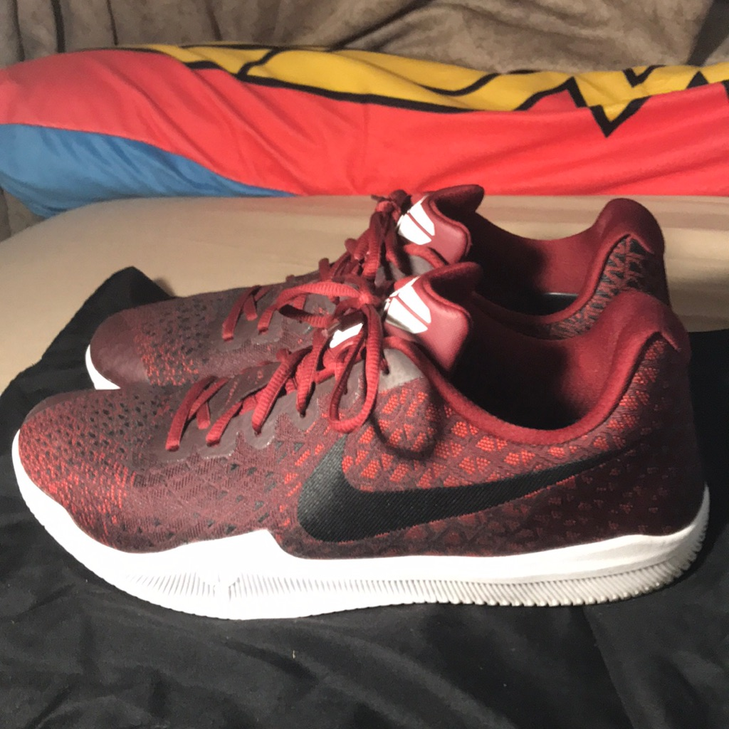 Nike kobe basketball shoes, Nike