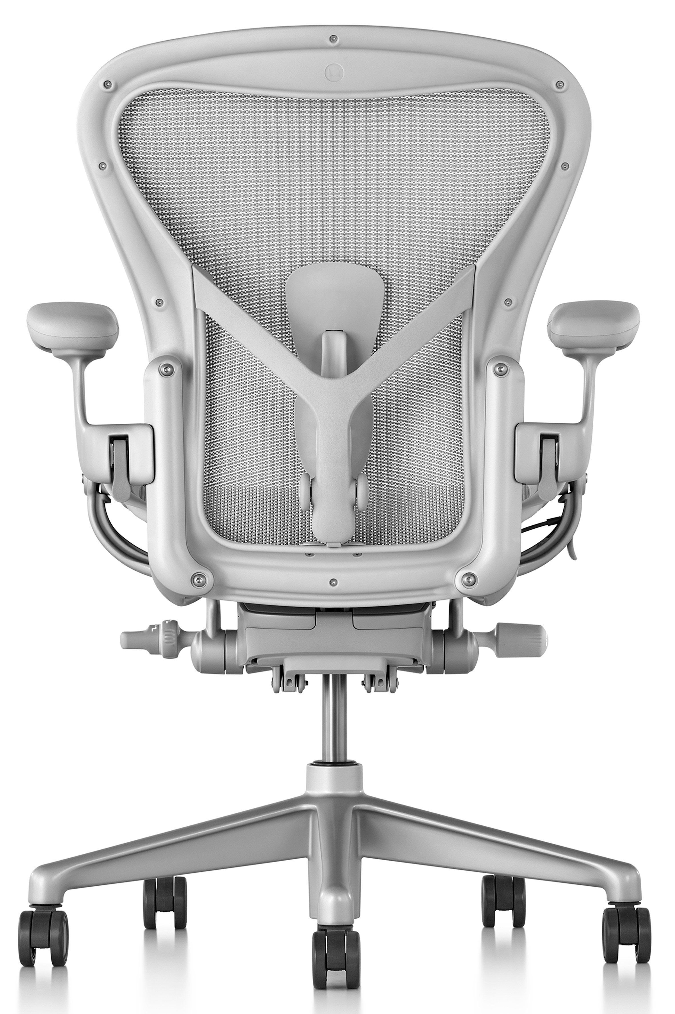 Herman Miller S Aeron Chair Has Been Fine Tuned To Make It More Responsive To Different Body Types Office Chair Aeron Office Chair Office Chair Design