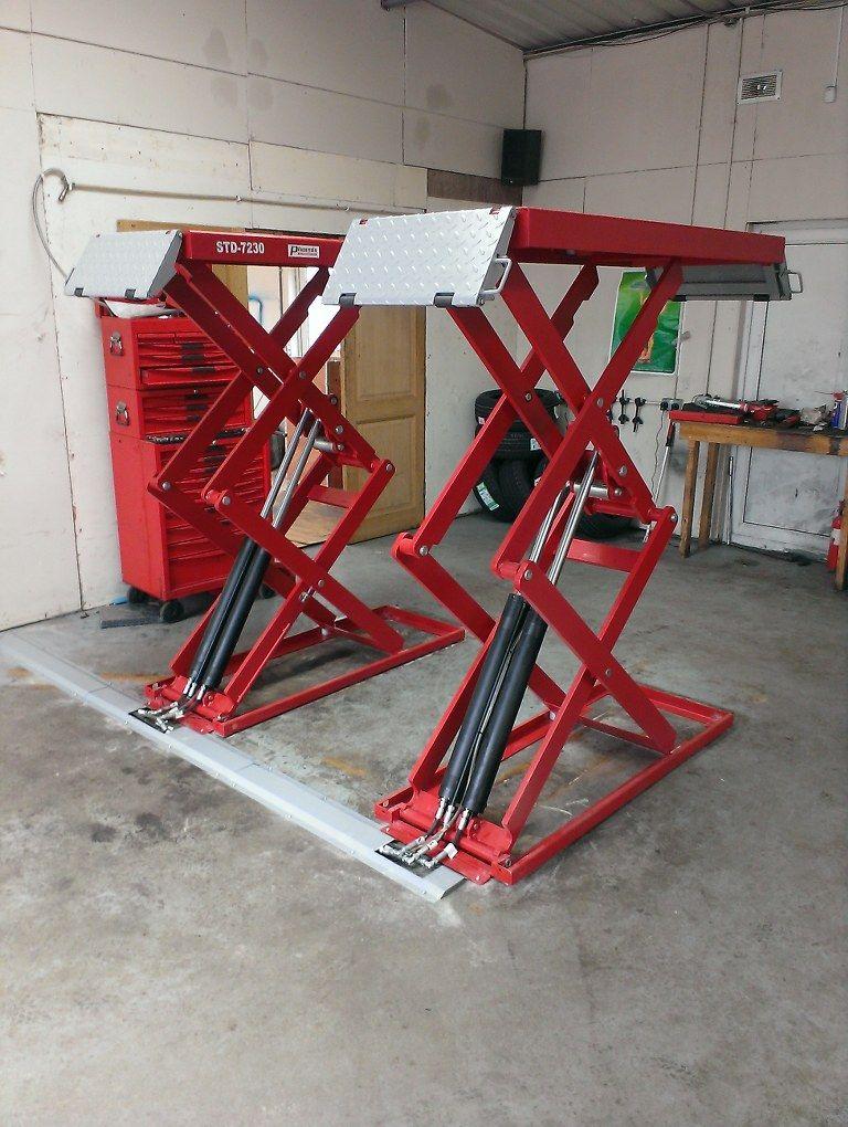 On floor scissor lift we have the car lift for your garage for Garage pont de l etoile