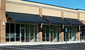 Jodimor Best Commercial Awnings At Reasonable Prices Residential Awnings Aluminum Awnings Metal Awning