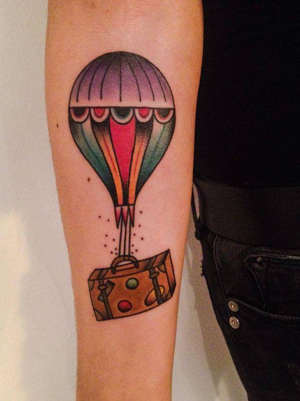 Follow the colours tattoo friday amanda toy 07 for Prezzi tatuaggi amanda toy
