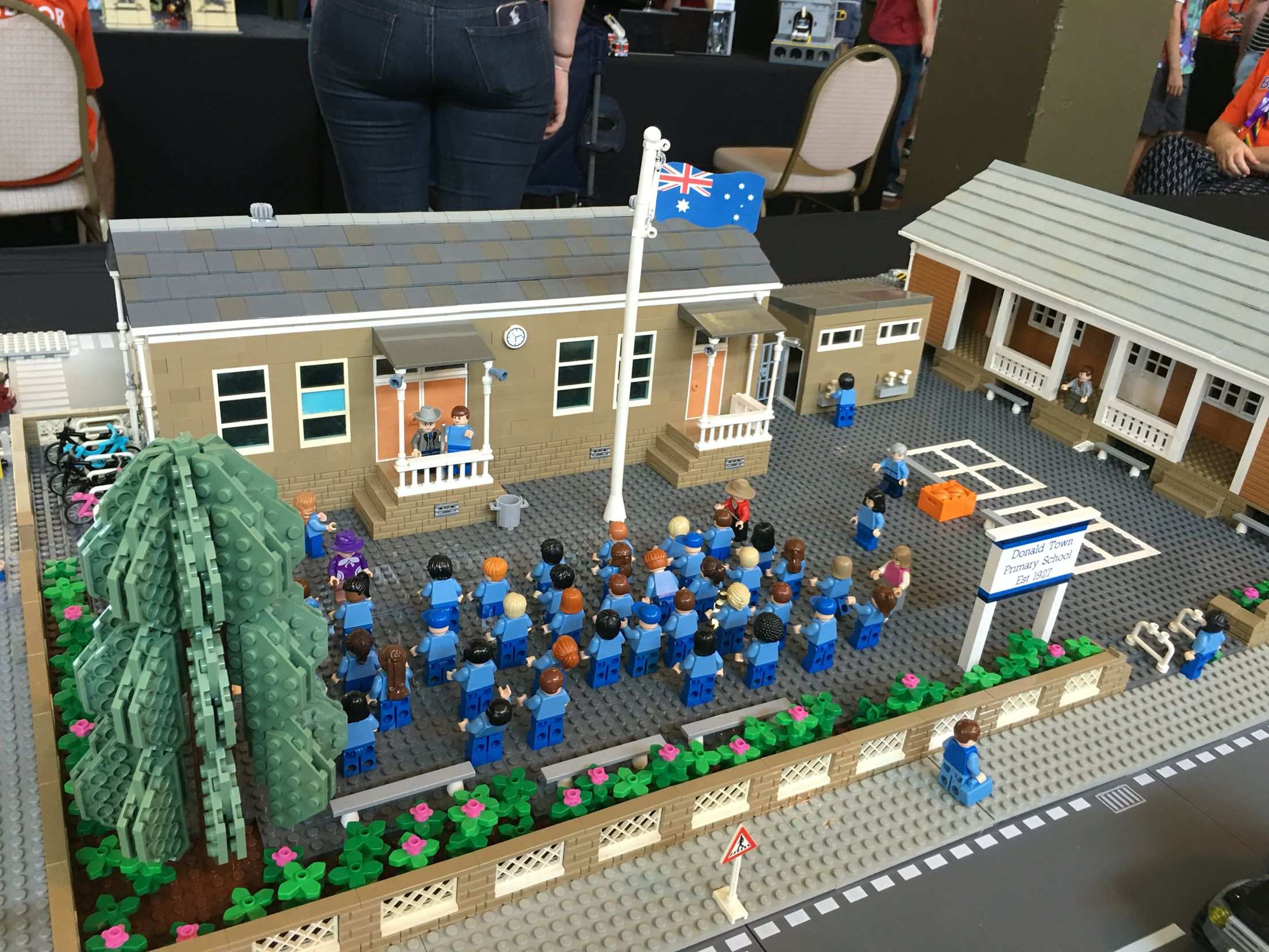 #Brickvention 2016 @ the Royal Melbourne Exhibition Building. Schools in...