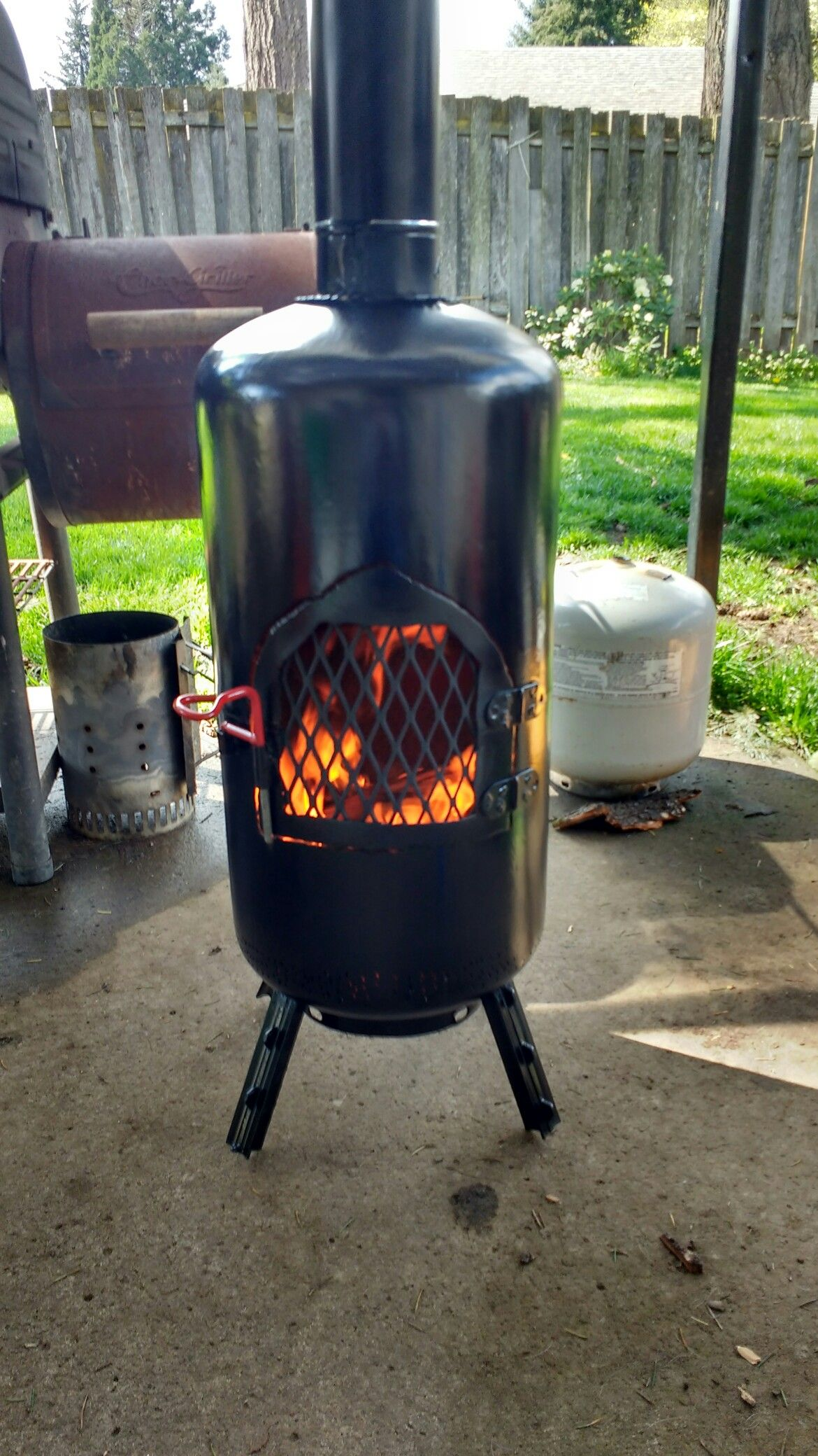 Propane Tank Chimes Lots Of Heat Comes Off This Little Pot Bellied Stove Propane Tank Camping Stove Stove