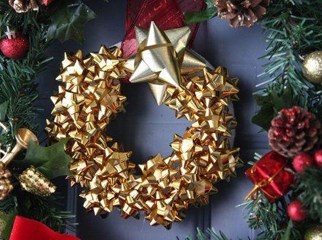 Manualidades faciles navidad corona fiesta navidad - Coronas navidenas faciles ...