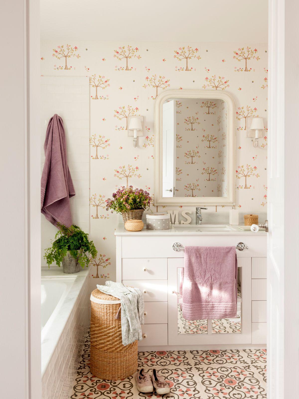 Consigue un bbb ba o bonito y barato pintando muebles - Reformar bano barato ...