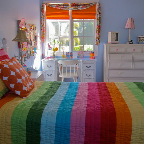 Ordinaire This Is A Beautiful Little Rainbow Room   Love The Light Color And The  Orange Shade