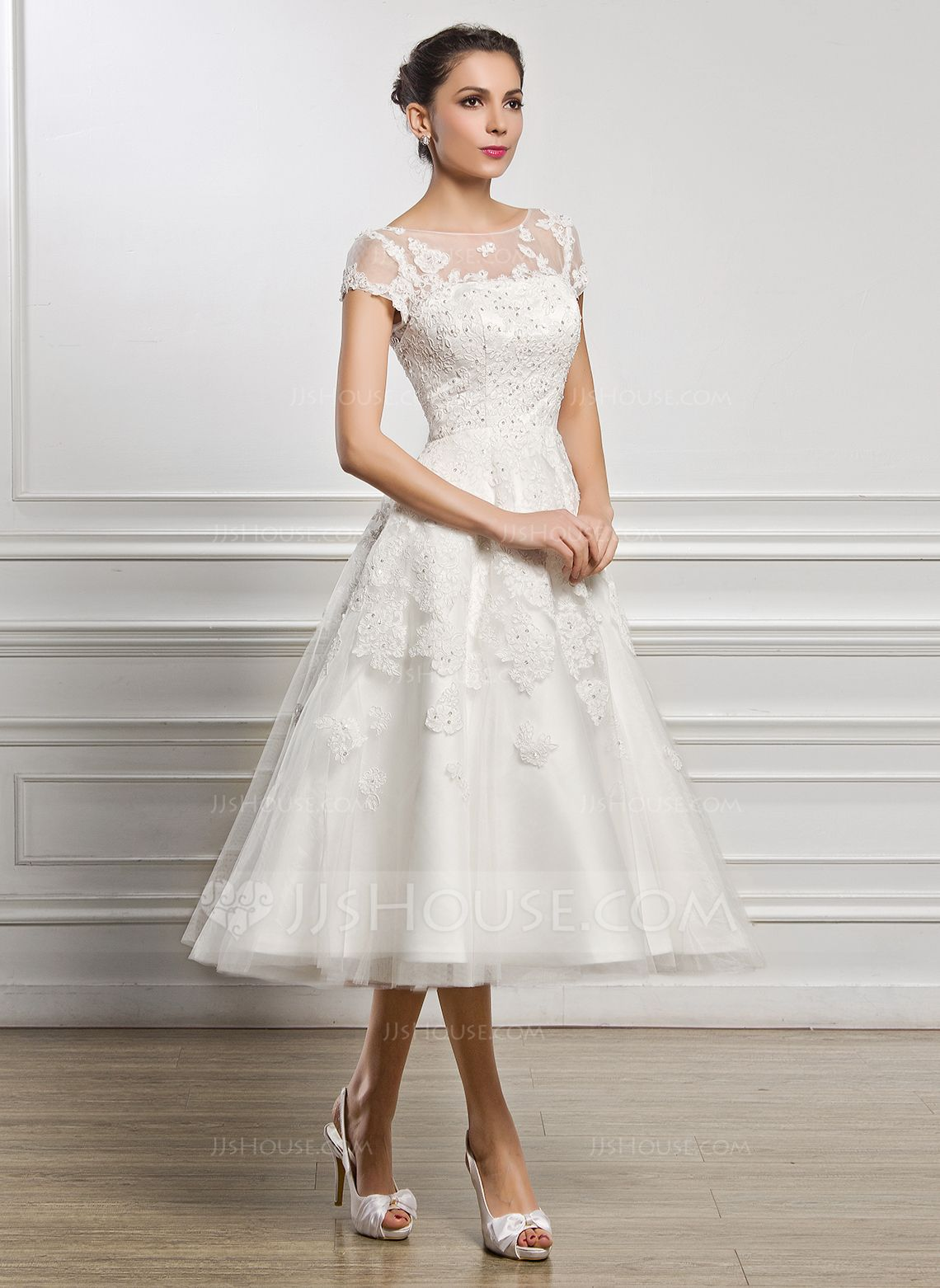 A-Line/Princess Scoop Neck Tea-Length Tulle Lace Wedding Dress With ...