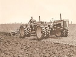 JD 720 A double tractor like this was a common way-in the