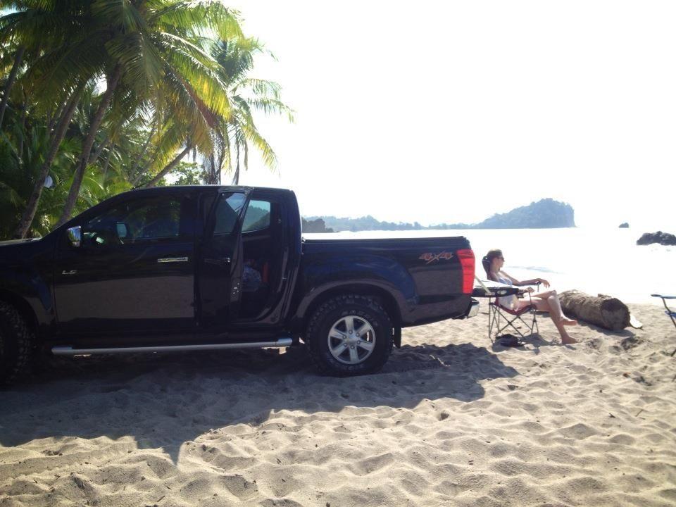 Isuzu Dmax 2013 / Ride, Quepos, Playa Manuel Antonio