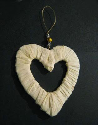 Crafty Sue: Raffia Heart ... Projects 1 and 2.