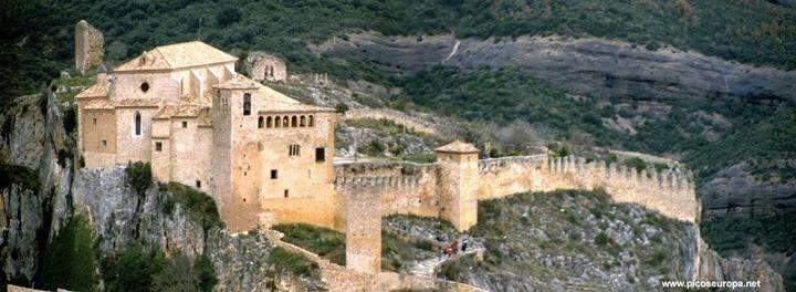 Castillo Colegiata de Alquezar.Huesca, España.
