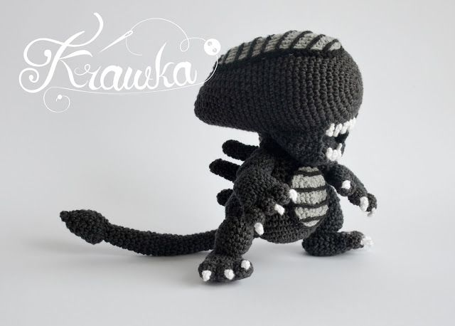 Alien Xenomorph Crochet Pattern By Krawka Best Geek Crochet