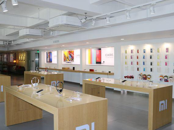 Xiaomi Opens First Mi Home Store In Singapore Store Design Interior Electronics Retail Design Electronics Store Design