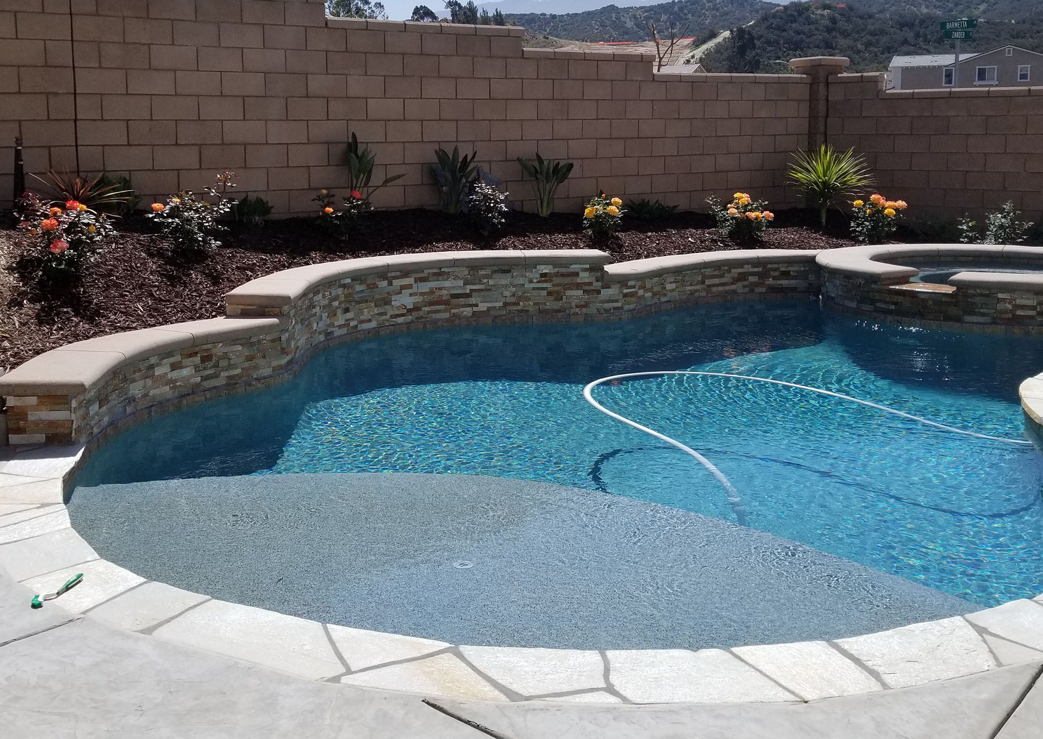 Jazz Up Your Swimming Pool This Summer With Images Pool