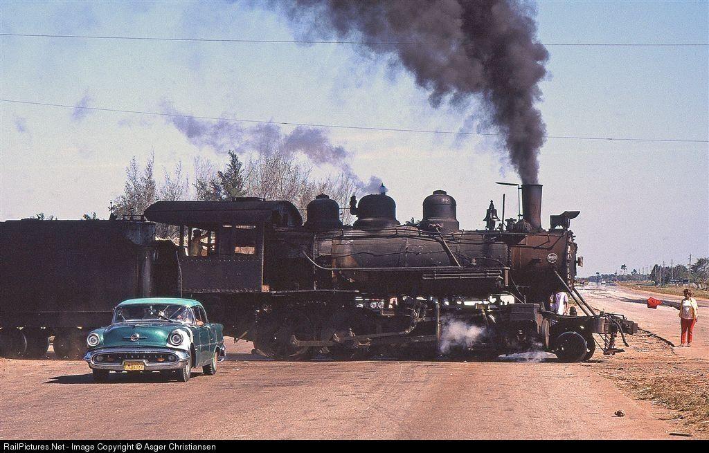 RailPictures.Net Photo: 1513 Cuban National 4'8'' steamer at Jaguey Grande, Cuba by Asger Christiansen