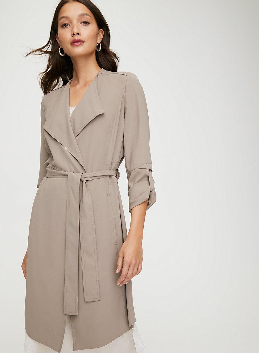 Flowy Trench Coat Trench Coat Trench Coat Outfit Coat Outfits [ 1147 x 840 Pixel ]