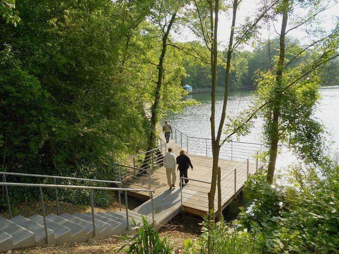 http://www.in-foliopaysagistes.fr/les-projets/sites-naturels/ris-orangis-lac-du-dock-des-alcools/