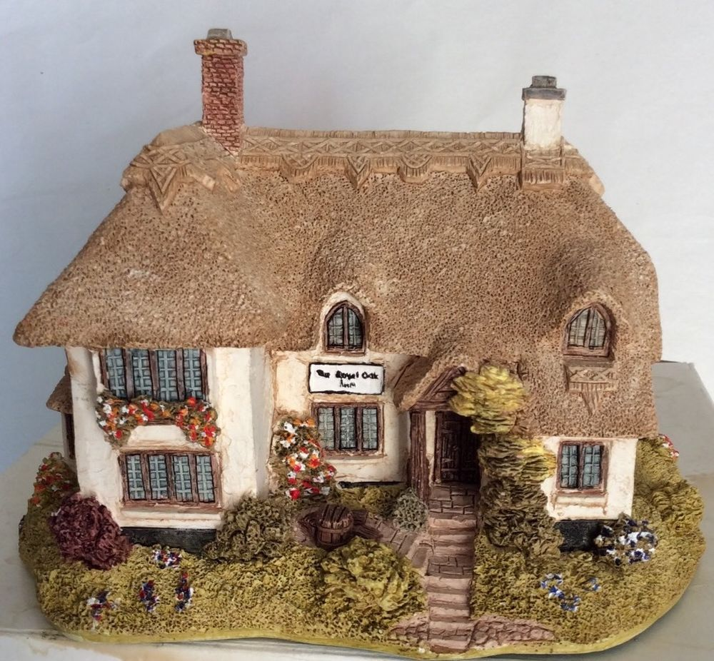 Lilliput Lane House Royal Oak Inn