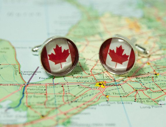 Show how patriotic you are by wearing these Canadian Flag cuff links - by KCowie on #etsy
