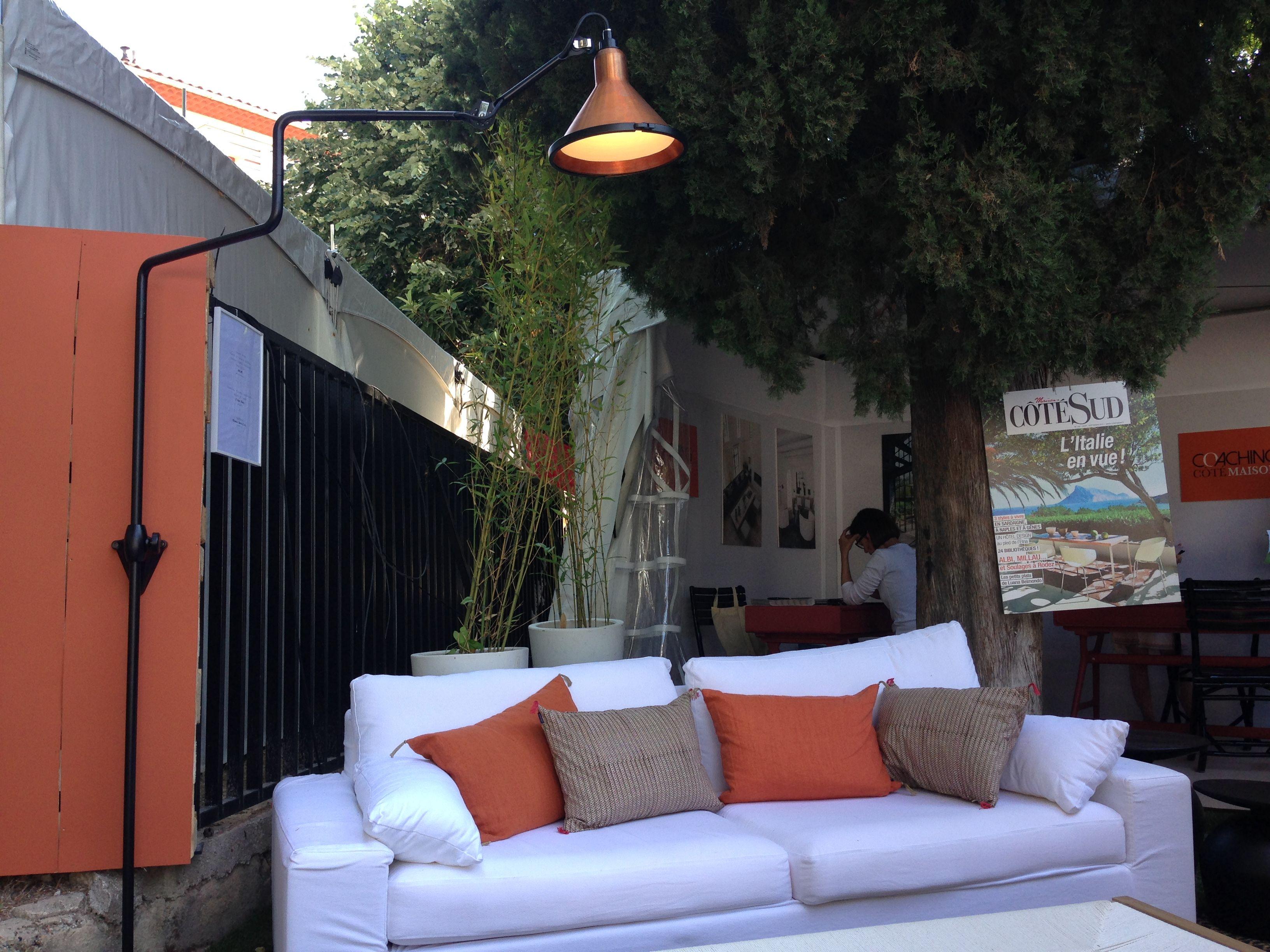 vivre c t sud aix en provence june 2015 lampe gras n. Black Bedroom Furniture Sets. Home Design Ideas