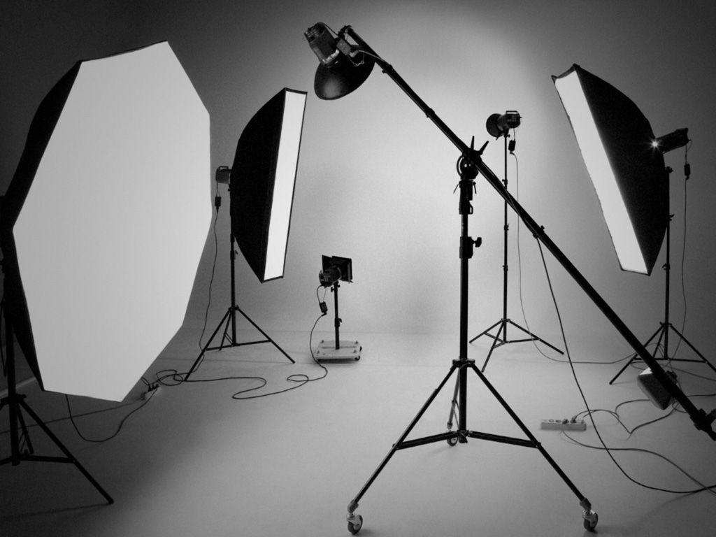 Pin By Tony Zap On Inspiration At A Glance Studio Photography Photo Studio Equipment Photo Studio