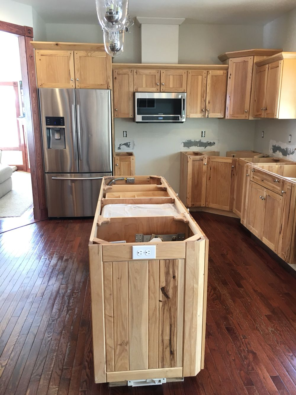 Kitchen Reno Custom Hickory Cabinets