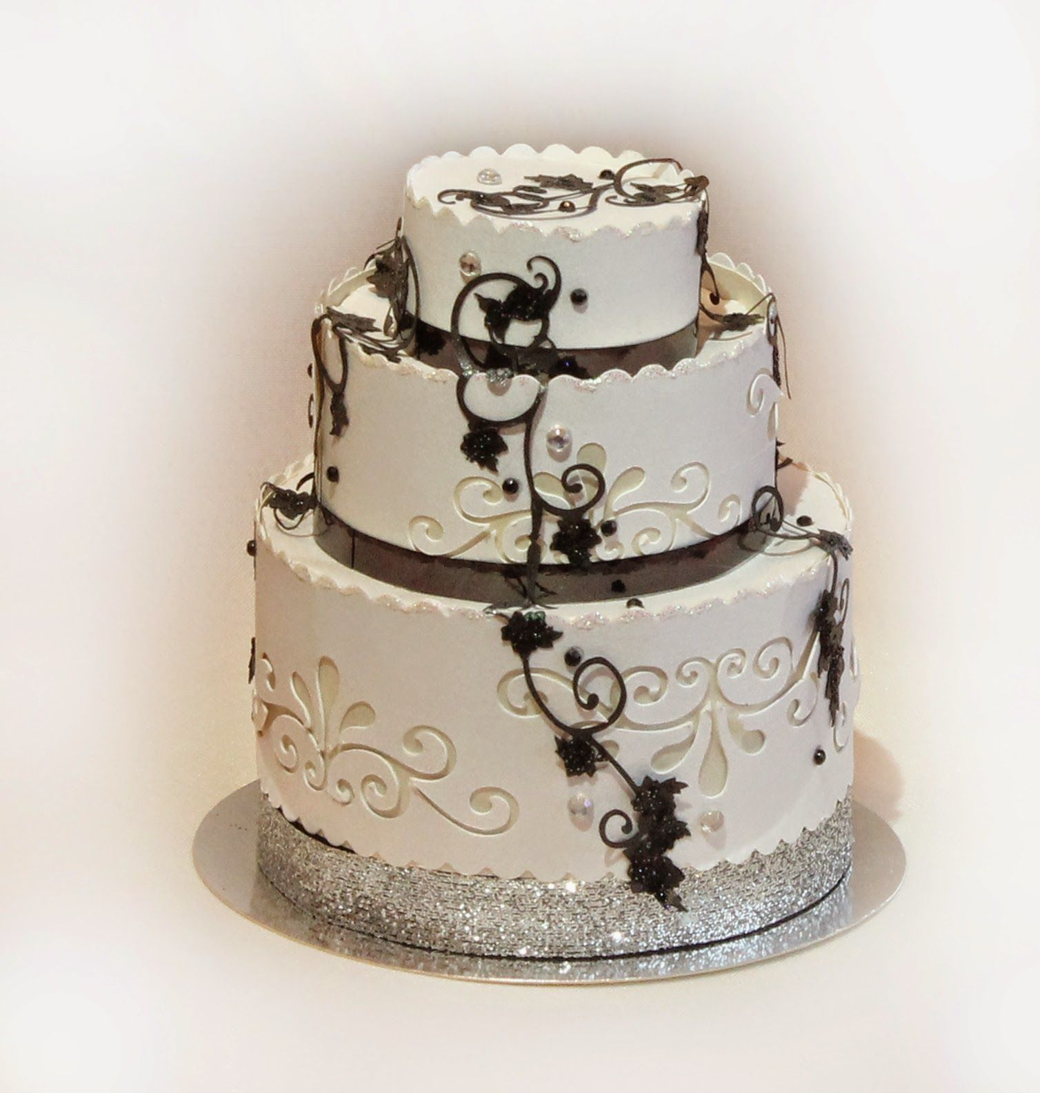 3 Tier wedding cake favor | Cricut Projects | Pinterest | Tier ...