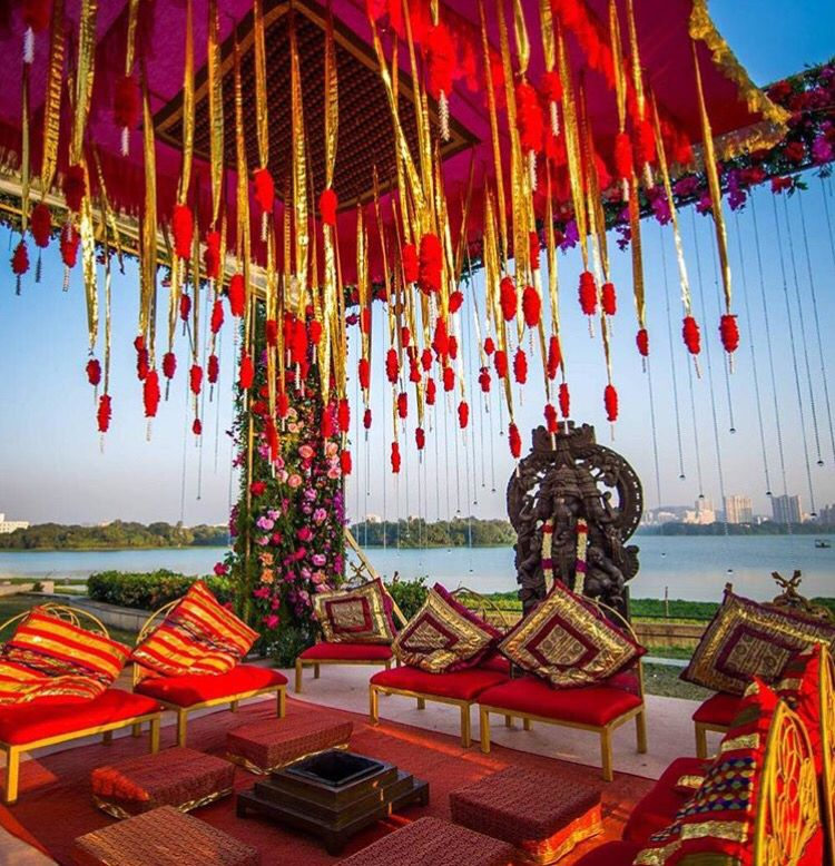 gurleen m puri wedding planner mandap decor idea indian wedding wedding sutra