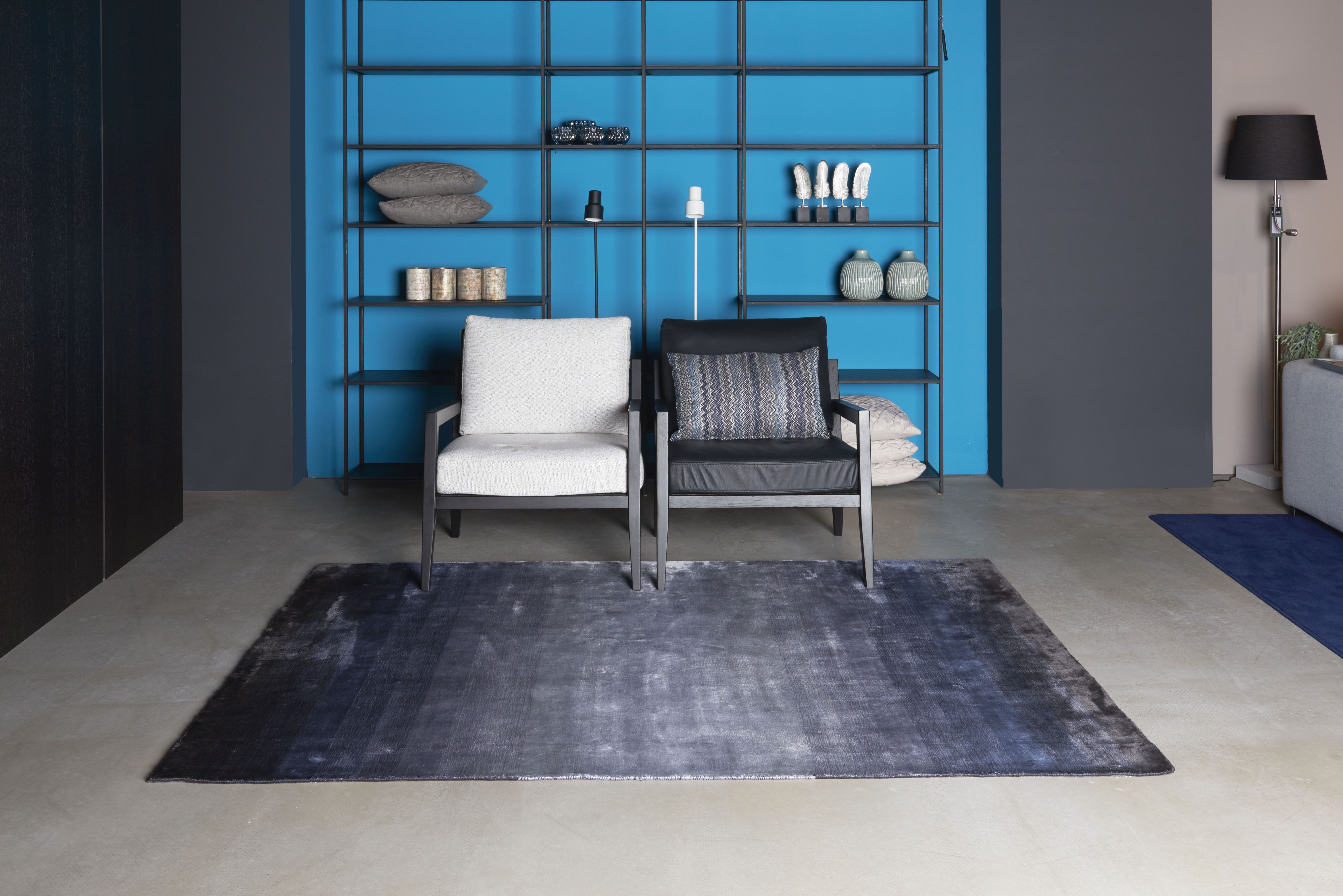 Brinker Carpets Varrayon Carpet Made Of 100 Tencel And Hand Woven In India Vloerkleed Blauw Tapijt Vloerverwarming