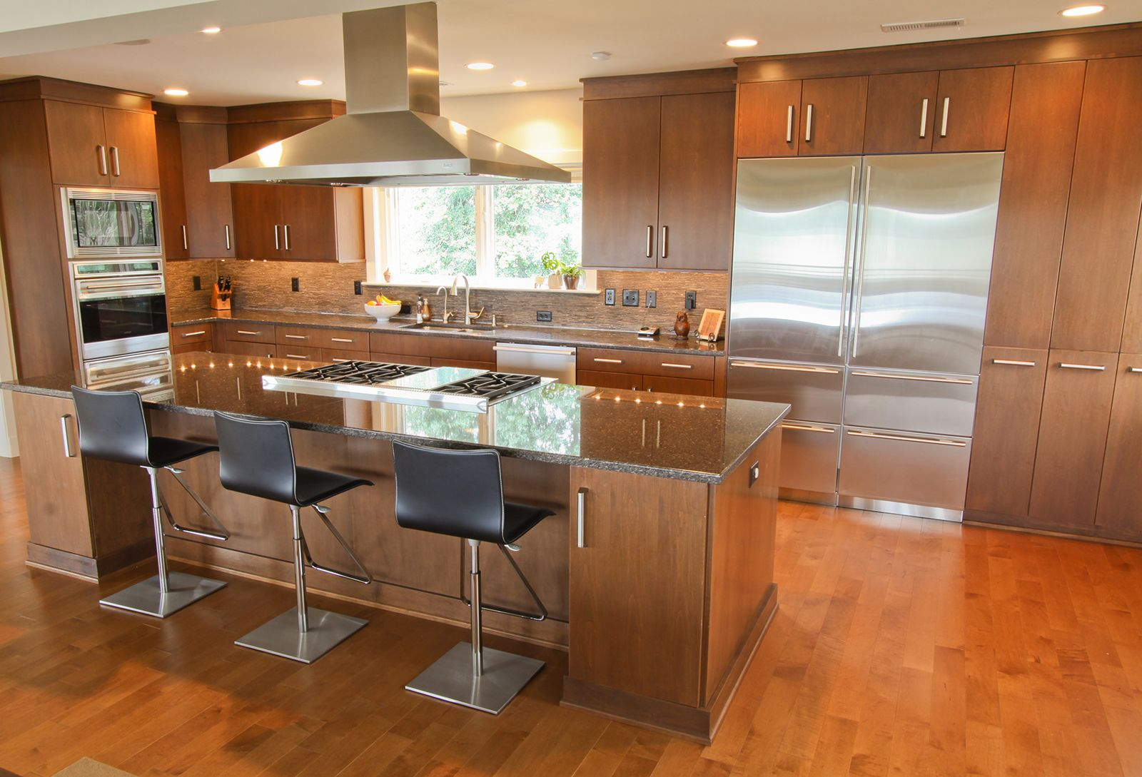 Eat-In Kitchen - Richmond, VA | Classic kitchens, Kitchen ...