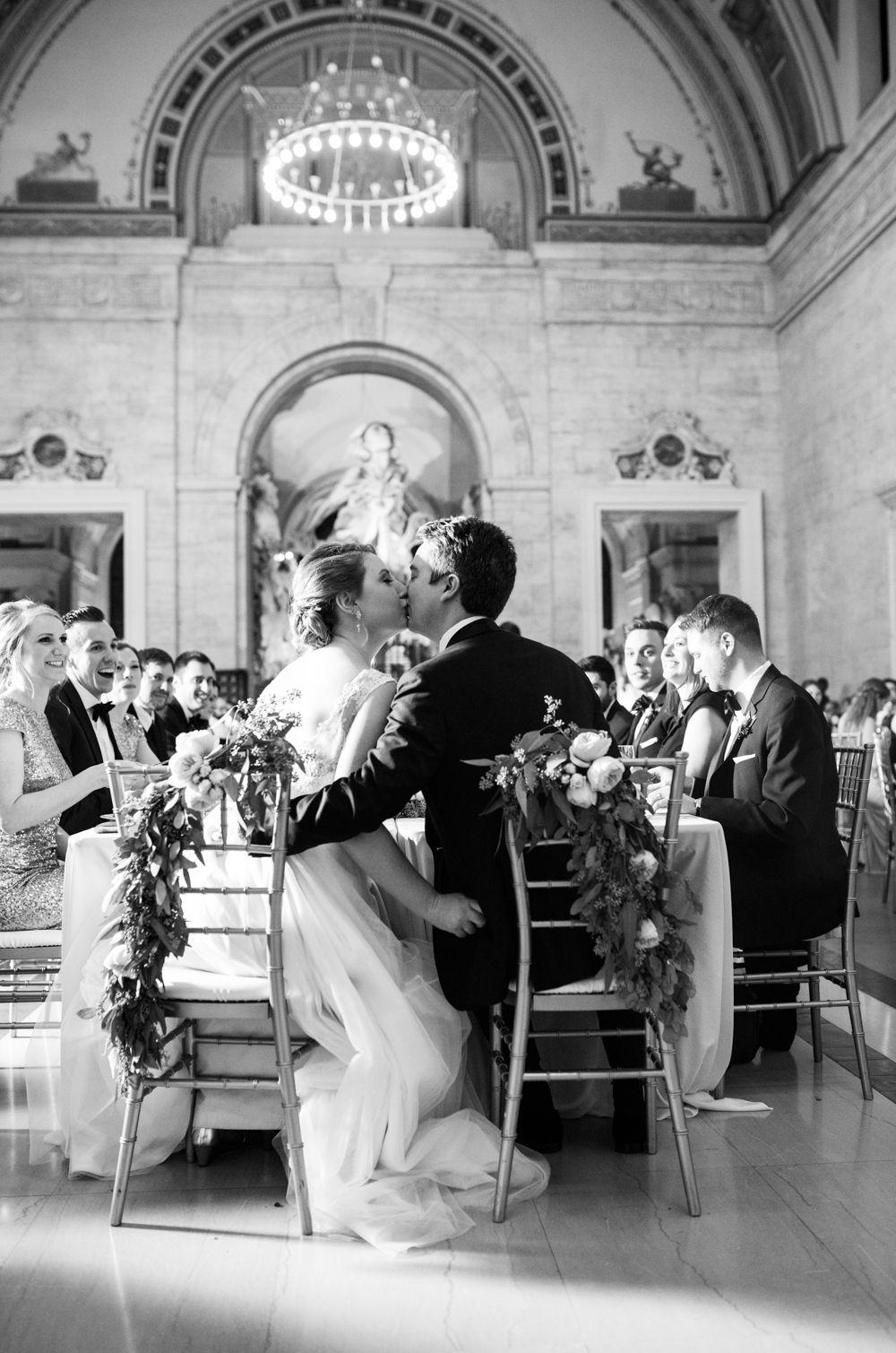 Niki Marie Photography Detroit Insute Of Arts Wedding Photographer Dia Downtown