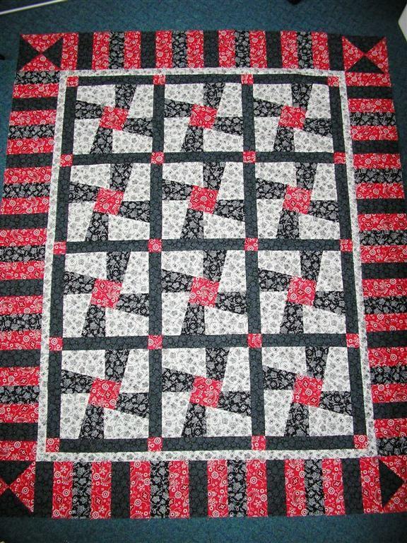 Twisted Sister Quilt Baby Rag Pinwheel Border Last Christmas